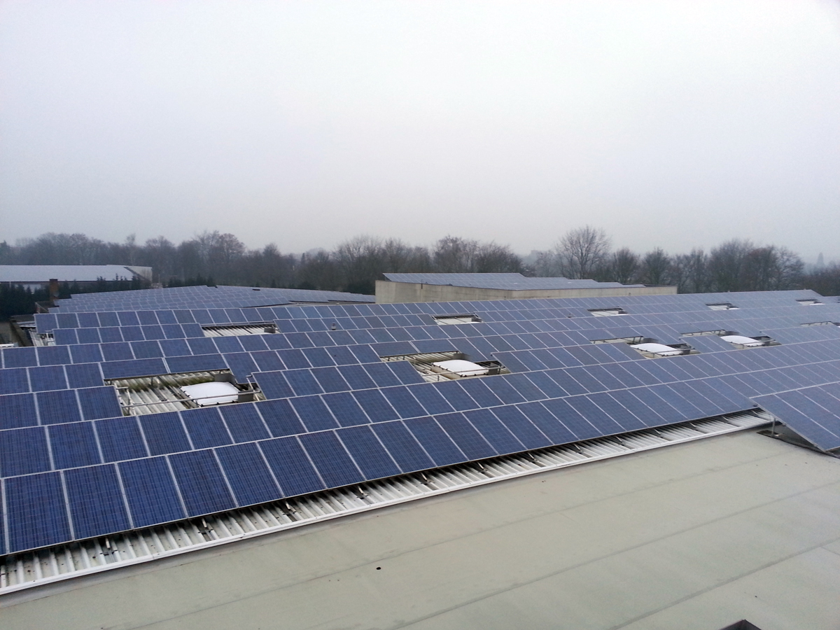 500 KWp photovoltaicsystem with Suntech panel