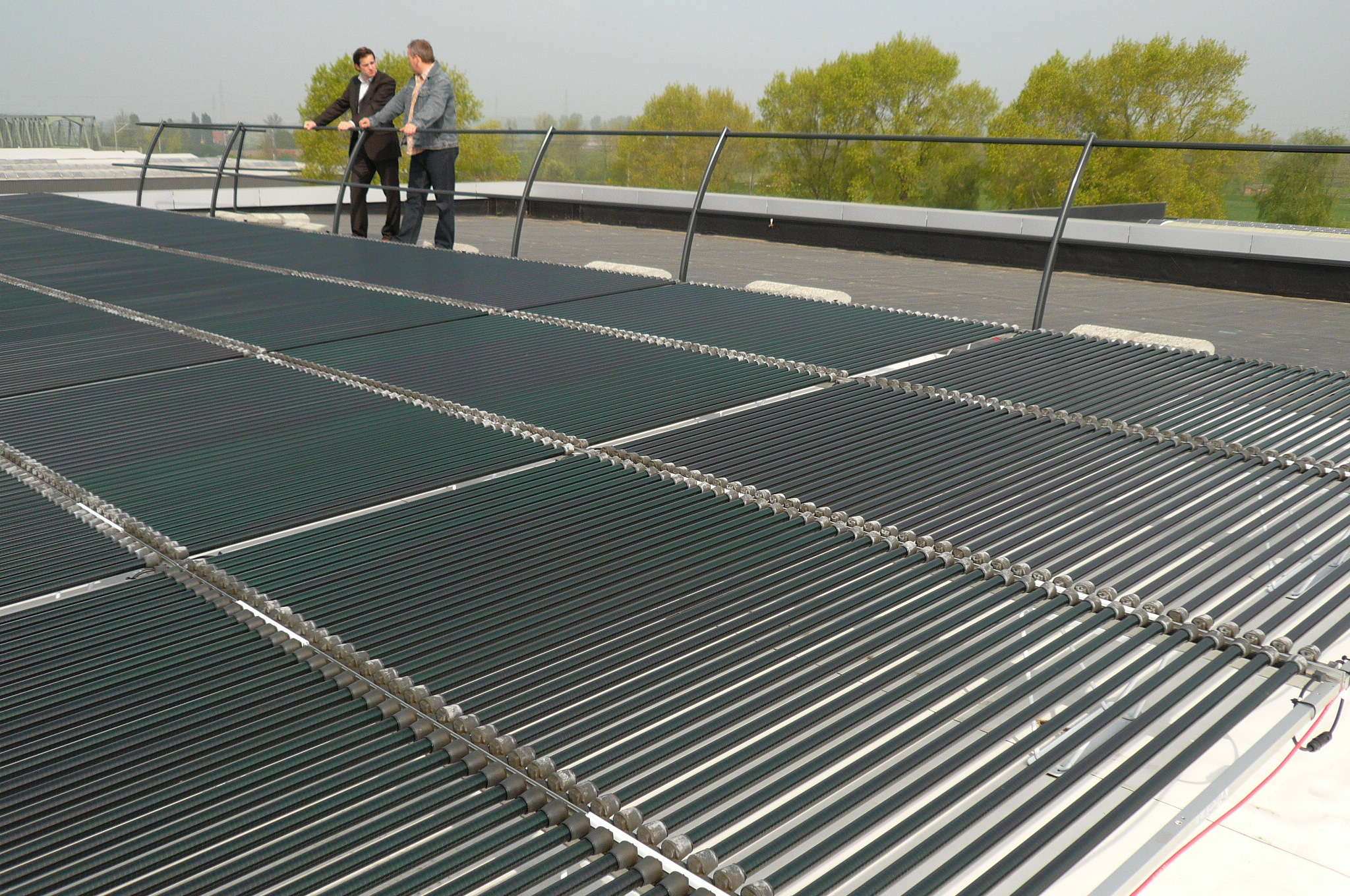 12 KWp photovoltaic system with Solyndra Panels